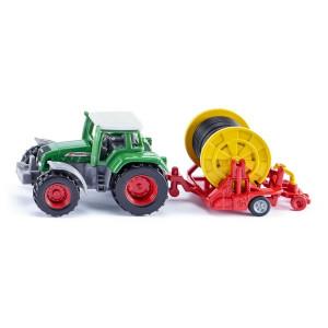 SIKU traktor sa mašinom za navodnjavanje 1677