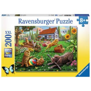 RAVENSBURGER puzzle (slagalice) - Igranje u dvorištu RA12828