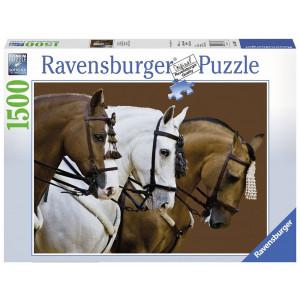 RAVENSBURGER puzzle (slagalice) - dva braon jedan beli konj RA16339
