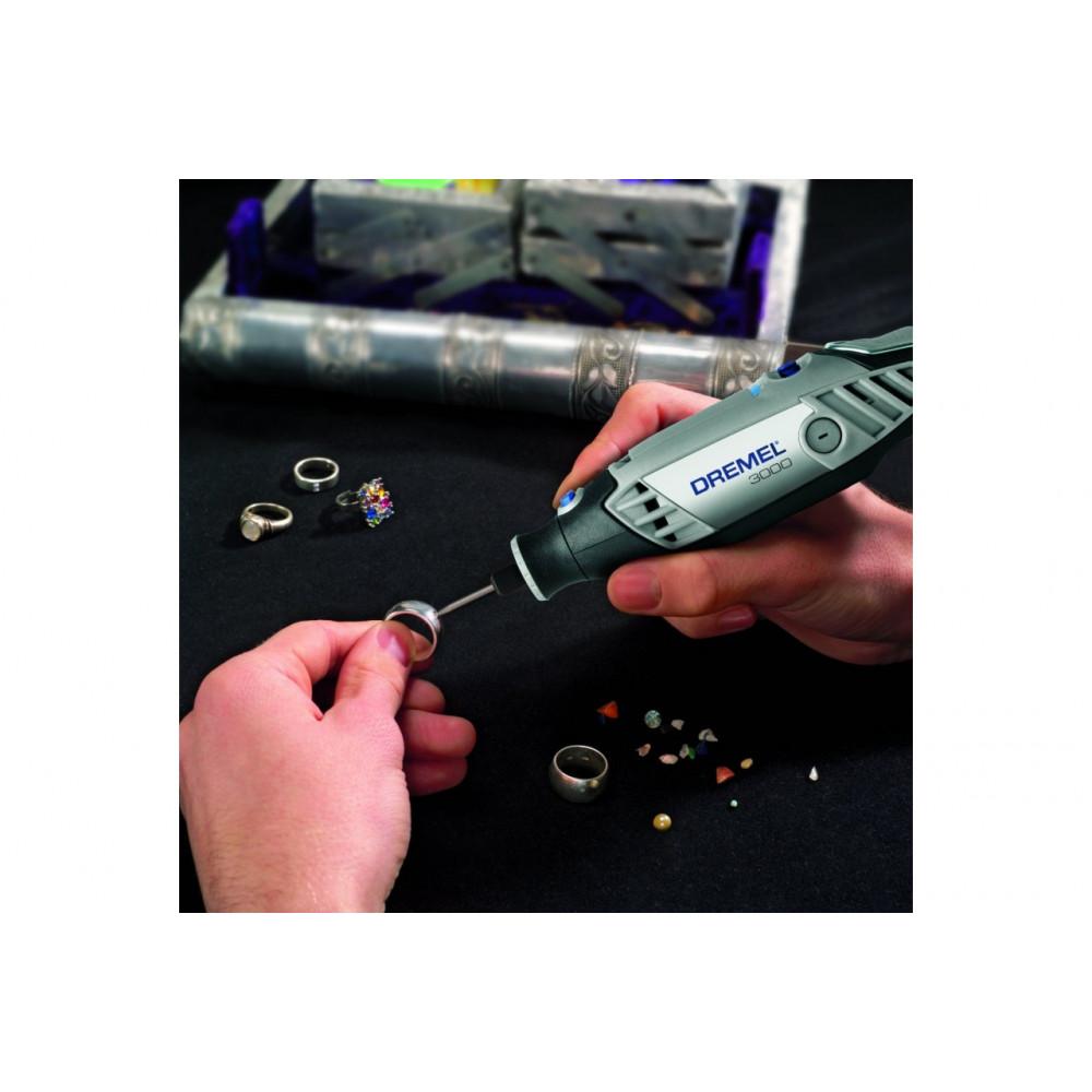 DREMEL višenamenski alat sa 15 komada pribora F0133000JC